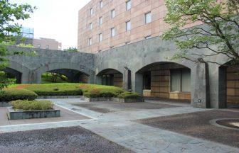 神奈川県 施設中庭