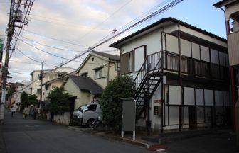東京市内 昭和風アパート外観