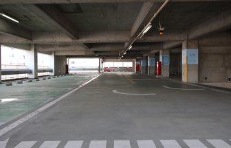 中階駐車スペース