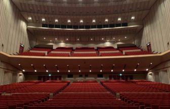 ホール内(ステージ上からの眺め)